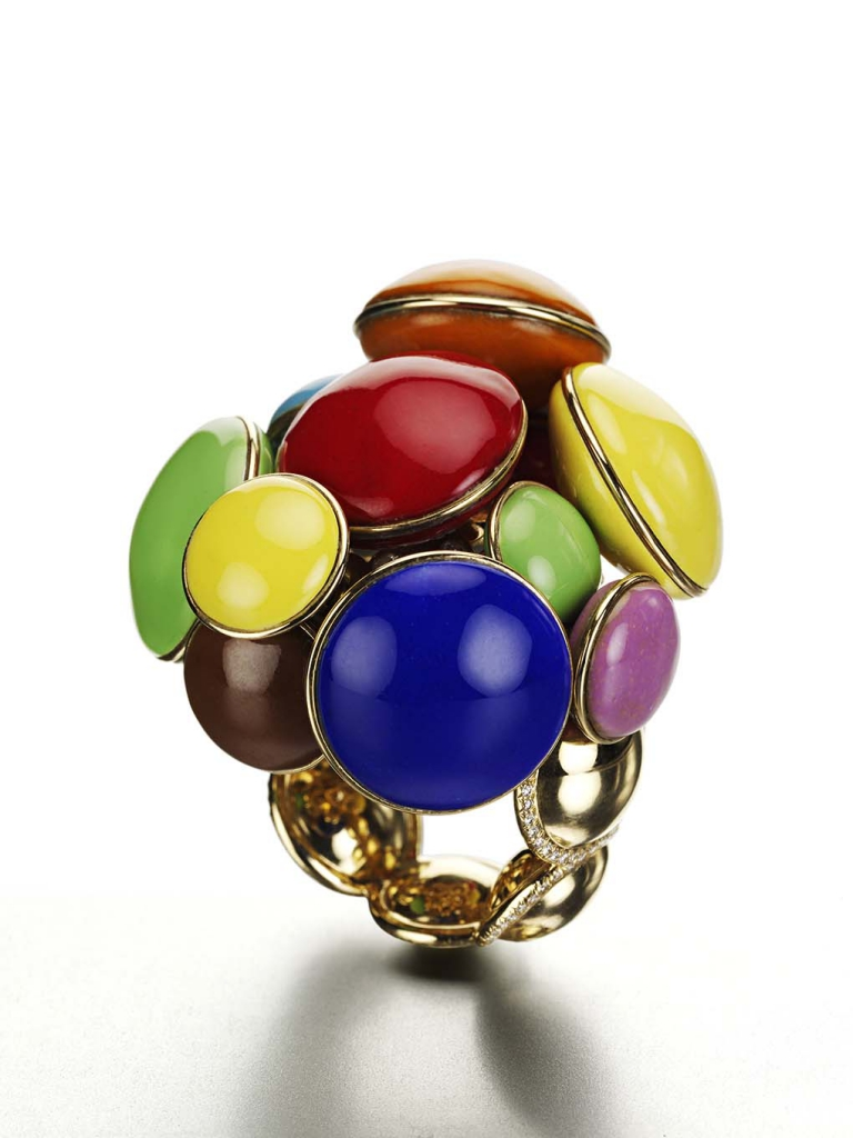 The Smarties ring was inspired by George Nelson's Marshmallow Sofa